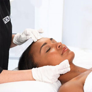 Beautiful woman getting an aesthetic PCS treatment at Chicago's Nima Skin Institute